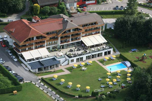 Holiday hotel at Lake Wörthersee - holiday by friends