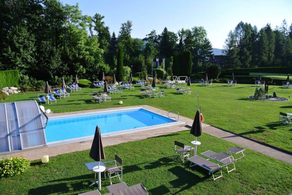 heated outdoor pool - Hotel Schönblick Schneider