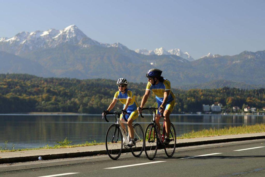 bike at Woerther lake - biking on holiday