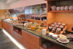 Buffet with regional products at the Wörthersee